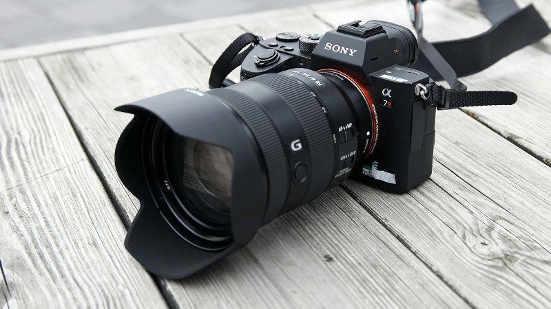 Sony Launched its Best Full-Frame MirrorLess Camera  Sony A7R III aka Alpha7RIII